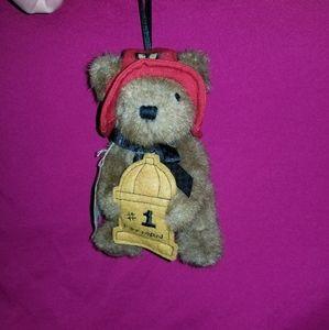 Small Boyd's bears #1 Fireman ornament EUC